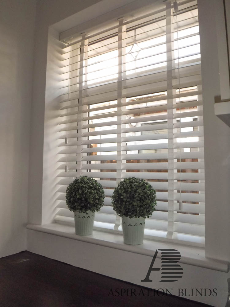 Wooden Venetian Blinds Made To Measure In Bolton