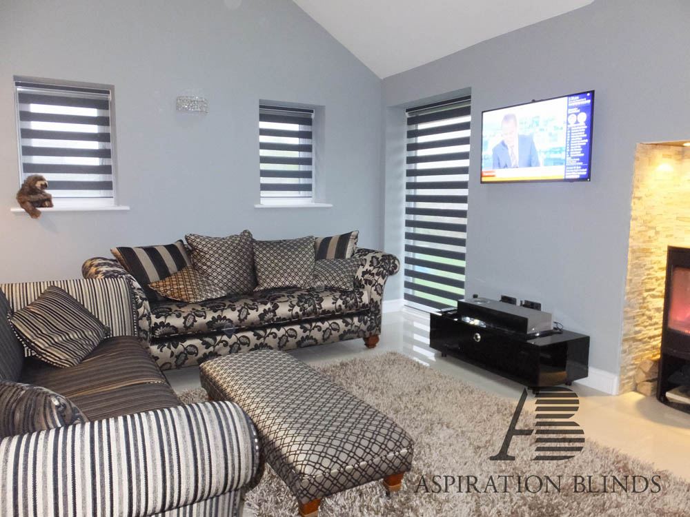 Find Your Ideal, Made to Measure Living Room Blinds